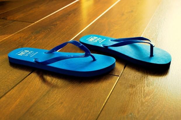Sandales et tongs : 3 conseils pour prendre soins de vos pieds